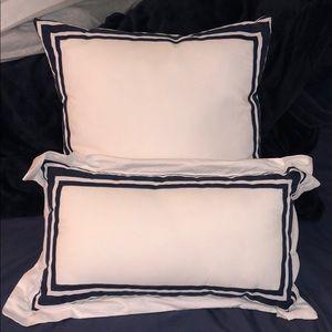 White and Navy Tahari pillow Set!